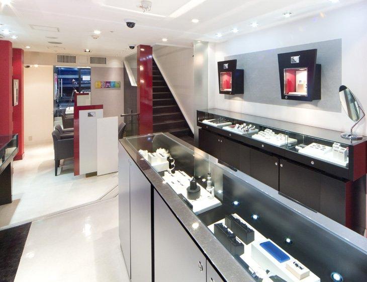 ラザール ダイヤモンド 神戸店
