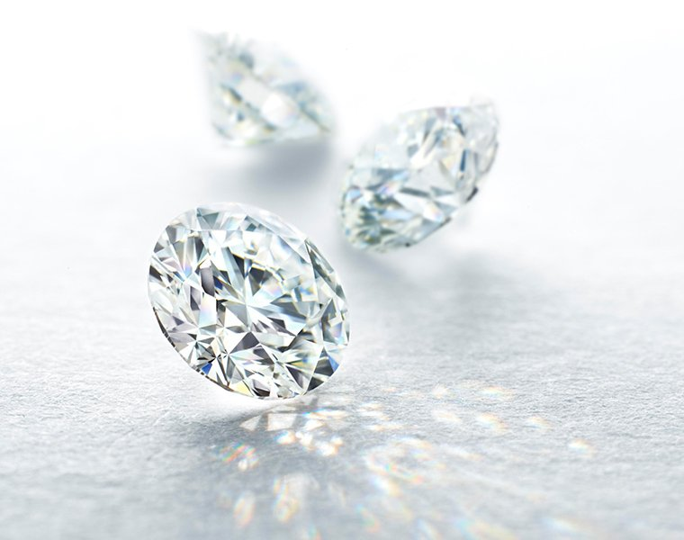 THE WORLD'S MOST BEAUTIFUL DIAMOND.